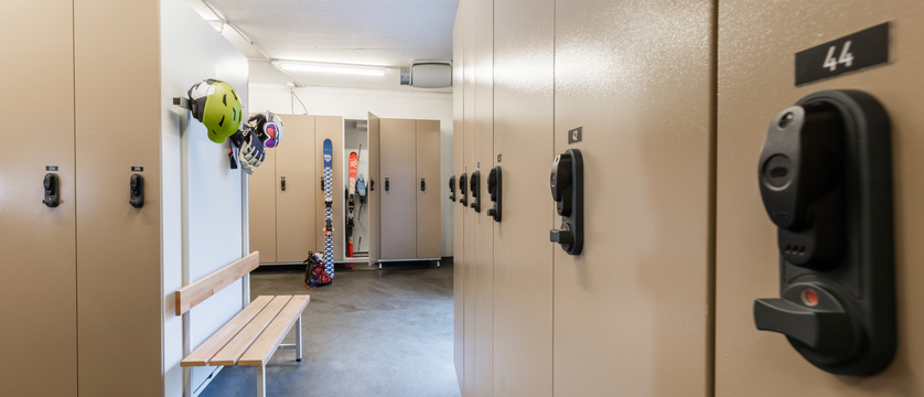 switzerland_zermatt_parkhotel-beausite_ski-locker-room.jpg